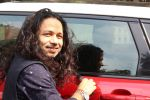Kailash Kher at the Song Launch Of Vote Do For Movie Blue Mountains on 29th March 2017 (22)_58dcd18340cd1.JPG