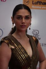 Aditi Rao Hydari at Geo Asia Spa Host Star Studded Biggest Award Night on 30th March 2017 (56)_58de46859ed98.JPG