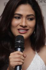 _Ridhima Pandit At Denim Atelier With Fashion Expert Bornali Talukdar on 30th March 2017 (1)_58de3fe777035.JPG