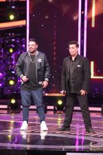 Karan Johar, Badshah On The Set Of Dil Hai Hindustani on 31st March 2017 (70)_58df9d36c1fbe.JPG