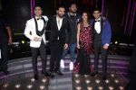 Karan Johar, Badshah, Shekhar Ravjiani, Shalmali Kholgade On The Set Of Dil Hai Hindustani on 31st March 2017 (20)_58df9d3c09e39.JPG