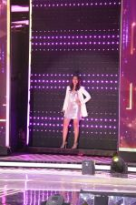 Sonakshi Sinha To Promote Noor & Nach Baliye On The Set Of Dil Hai Hindustani on 31st March 2017 (25)_58df9e43b3d27.JPG