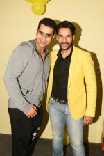 Umesh Pherwani at Aabid Husan New Gym Launch FITZVILLE on 31st March 2017 (49)_58df951165a95.JPG