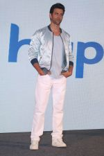 Hrithik Roshan At Press Conference Of Happn A Datting App (10)_58f3782742bb7.JPG