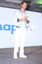 Hrithik Roshan At Press Conference Of Happn A Datting App (4)_58f3781636231.JPG