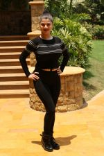 Kainaat Arora At IIFA Voting Weekend on 15th April 2017 (33)_58f37bfd26144.JPG