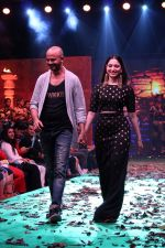 Tamannaah Bhatia Showcase The Collection Inspired By Bahubali 2-The Conclusion (25)_58f3799243467.JPG
