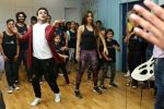 Kiara Advani Groove And Shake A Leg On The Song Of Tu Cheez Badi Hai Mast Mast (52)_58f4cc1858a0a.JPG