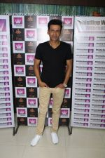 Manoj Bajpayee Intract With Whistling Woods International Students (18)_58f4cc09cc36a.JPG