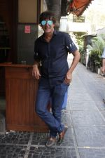 Chunky Pandey at an Interview For Film Begum Jaan on 18th April 2017 (5)_58f704b2dcfd4.JPG