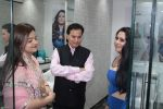 Lalit Pandit at the launch of 9 Salon & Day Spa on 22nd April 2017 (110)_58fc74c36ad19.JPG