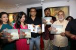 Abhijeet Bhattacharya, Shibani Kashyap at An Art Exhibition on 1st May 2017 (22)_590818075dc3b.JPG