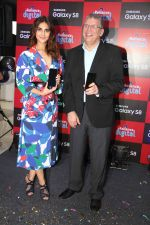 Vaani Kapoor launches Samsung Galaxy S8 on 3rd May 2017 (16)_590ac94f2510a.JPG