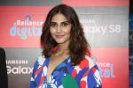Vaani Kapoor launches Samsung Galaxy S8 on 3rd May 2017 (8)_590ac8f9d46f9.JPG
