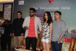 Arjun Kapoor, Shraddha Kapoor, Mohit Suri, Chetan Bhagat at The Book Launch Of Half Girlfriend on 8th May 2017 (29)_5912de781ba3c.JPG