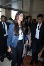 Sonam Kapoor and Rhea Kapoor launch a new clothing Brand Rheson on 12th May 2017 (10)_5916b4e4445b7.JPG