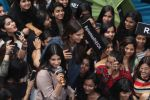 Sonam Kapoor and Rhea Kapoor launch a new clothing Brand Rheson on 12th May 2017 (19)_5916b4ee69a6d.JPG