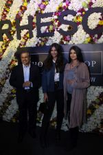 Sonam Kapoor and Rhea Kapoor launch a new clothing Brand Rheson on 12th May 2017 (33)_5916b50111e47.JPG
