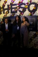 Sonam Kapoor and Rhea Kapoor launch a new clothing Brand Rheson on 12th May 2017 (34)_5916b5738ead2.JPG