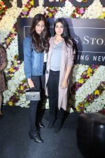 Sonam Kapoor and Rhea Kapoor launch a new clothing Brand Rheson on 12th May 2017 (41)_5916b5114fbba.JPG
