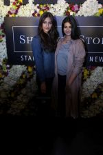 Sonam Kapoor and Rhea Kapoor launch a new clothing Brand Rheson on 12th May 2017 (44)_5916b58145826.JPG