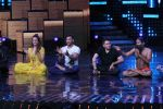 Mohit Suri, Baba Ramdev on the sets of Nach Baliye Season 8 on 16th May 2017 (55)_591c434eb666b.JPG