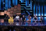 Terence Lewis, Baba Ramdev on the sets of Nach Baliye Season 8 on 16th May 2017 (46)_591c43a480a03.JPG