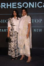 Sonam Kapoor, Rhea Kapoor at the Press Showcase Of Their High Street Brand Rheson on 17th May 2017 (31)_591d317d526fa.JPG