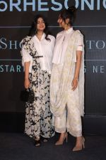 Sonam Kapoor, Rhea Kapoor at the Press Showcase Of Their High Street Brand Rheson on 17th May 2017 (35)_591d3197234f1.JPG
