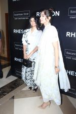 Sonam Kapoor, Rhea Kapoor at the Press Showcase Of Their High Street Brand Rheson on 17th May 2017 (6)_591d30a05a4ba.JPG
