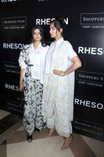 Sonam Kapoor, Rhea Kapoor at the Press Showcase Of Their High Street Brand Rheson on 17th May 2017 (7)_591d31495c4f9.JPG