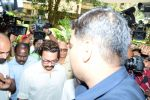 Aamir Khan at the funeral of Reema Lagoo on 18th May 2017 (15)_591e838178348.JPG