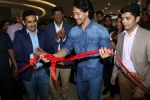 Tiger Shroff at the Launch Of Lifestyle New Store on 18th May 2017 (14)_591e896d77eed.JPG