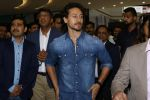 Tiger Shroff at the Launch Of Lifestyle New Store on 18th May 2017 (8)_591e895a70f9d.JPG