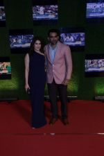 Zaher Khan, Sagarika Ghatge at the Special Screening Of Film Sachin A Billion Dreams on 24th May 2017 (59)_5926a0fce14bb.JPG
