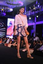 at Shoppers Stop Select Designer Of The Year 2017 on 24th May 2017 (40)_59267b1d3e840.JPG