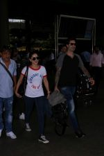 Sunny Leone With Daniel Weber Spotted At Airport on 26th May 2017 (3)_5929785d03134.JPG