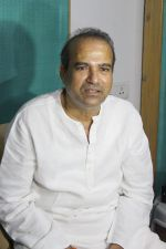 Suresh Wadkar at the Muhurat & Song Recording Of Marathi Movie on 26th May 2017 (49)_5929795a5be8d.JPG