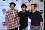 Aditya Roy Kapoor, Ranbir Kapoor, Sidharth Malhotra at The Celebrity Football Initiative Played For Humanity on 28th May 2017 (16)_592bb74bbe2f1.JPG