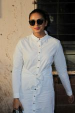 Huma Qureshi Spotted At Scrabble Digital Studio on 27th May 2017 (5)_592b92d93cb93.JPG
