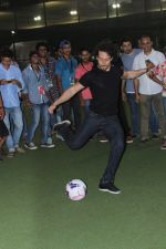 Tiger Shroff at the Launch Of The Second Edition Of Super Soccer Tournament on 28th May 2017 (8)_592bc98b33203.JPG