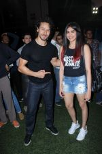 Tiger Shroff, Adah Sharma at the Launch Of The Second Edition Of Super Soccer Tournament on 28th May 2017 (18)_592bc9cd9e5be.JPG