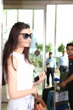 Diana Penty Spotted At Airport on 30th May 2017 (5)_592e6047d2dfb.JPG