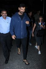 John Abraham Spotted At International Airport on 2nd June 2017 (13)_5932b5ef7c10b.JPG