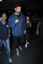 John Abraham Spotted At International Airport on 2nd June 2017 (16)_5932b5f14cb47.JPG