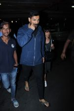 John Abraham Spotted At International Airport on 2nd June 2017 (17)_5932b5f1bfdc0.JPG