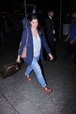 Twinkle Khanna Spotted At International Airport on 2nd June 2017 (5)_5932b618802dc.JPG