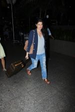 Twinkle Khanna Spotted At International Airport on 2nd June 2017 (6)_5932b61975f9a.JPG