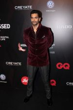 Angad Bedi at Star Studded Red Carpet For GQ Best Dressed 2017 on 4th June 2017 (139)_5934ccba118e4.JPG