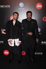 Karan Singh Grover, Rocky S at Star Studded Red Carpet For GQ Best Dressed 2017 on 4th June 2017 (209)_5934ced5dc35a.JPG